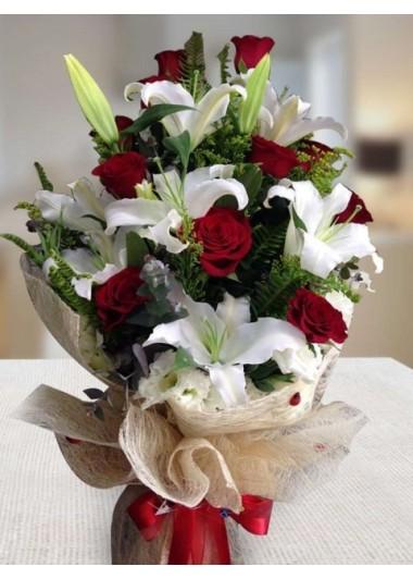 Güller ve Lilyum
